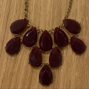 Cute statement necklace!